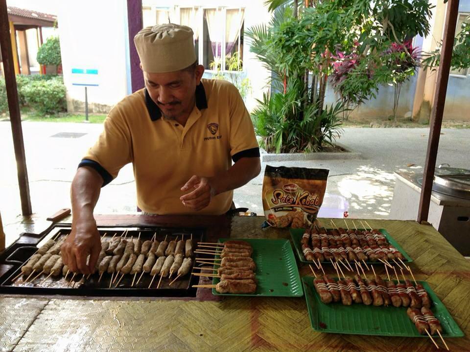 Sate Kebab Akmal Satay Paling Sedap di Malaysia