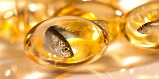hilangkan masalah kulit sensetif dengan minyak ikan