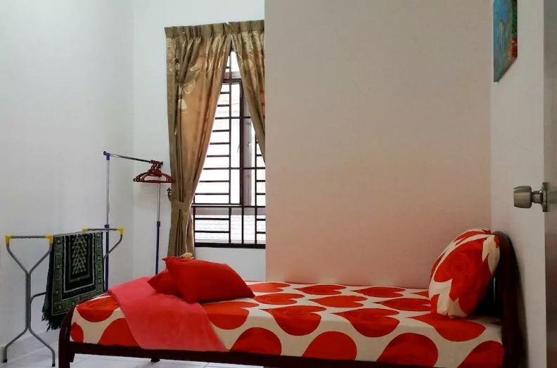 johor bahru homestay