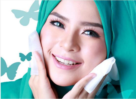 Tisu Pembersih Makeup Senang Di Bawa