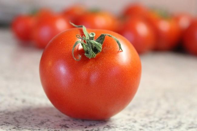 buah-tomato-baik-untuk-bayi