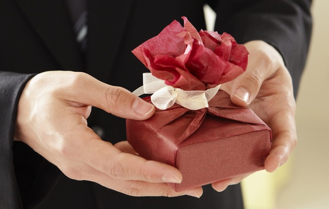 suprise untuk pasangan Surprise Delivery