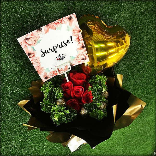 jambangan bunga lufya gift Surprise Delivery