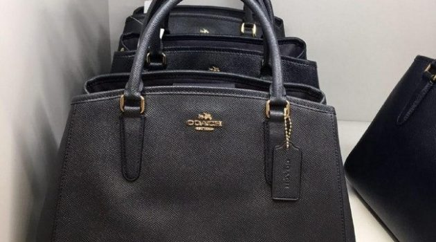 coach small margot in midnight with longstrap rm699