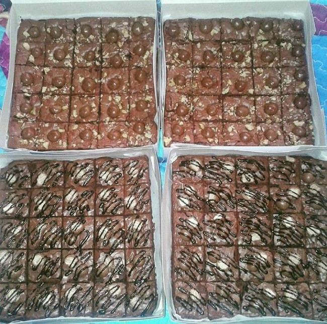 testimoni-brownies-pelbagai-topping