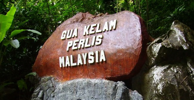 caves-in-malaysia-2