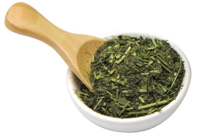 cara-hilangkan-sunburn-dengan-daun-teh