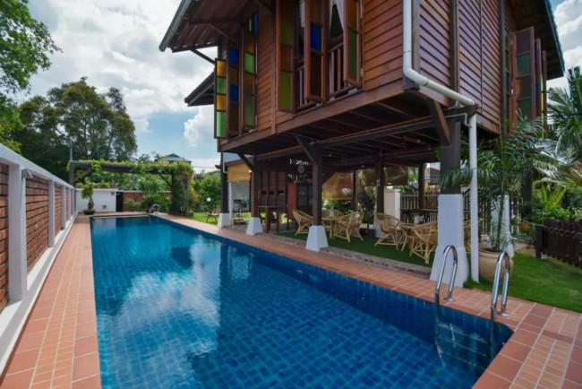 harga-penginapan-homestay-setanding-hotel