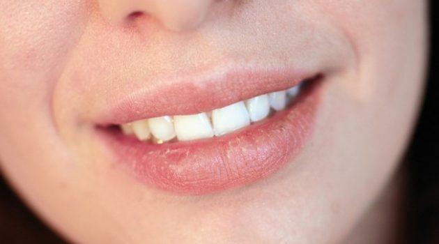 lipstick untuk bibir sensitif 01