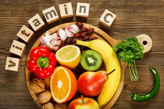 vitamin c rawat kulit muka kusam