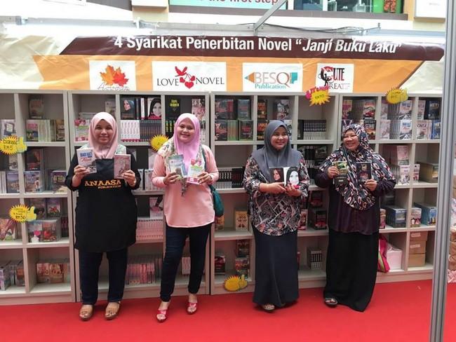 Beli Buku Novel Murah Secara Online Dengan Banyak