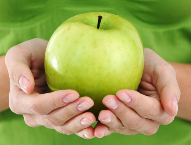Tips-Merawat-Kulit-Sensitif-dengan apple stem cell.jpg