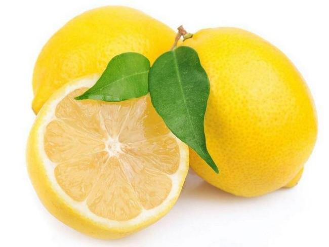 cara-hilangkan-kulit-kasar-dan-hitam-di-muka-dengan-buah lemon