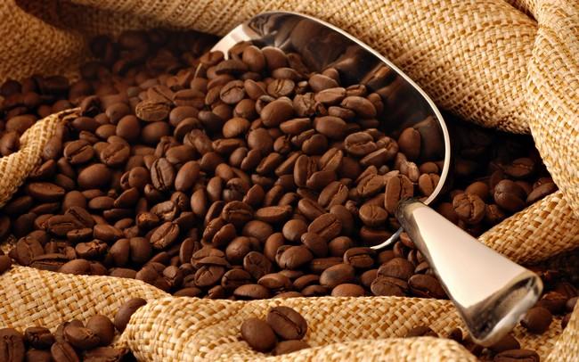 cara-hilangkan-kulit-kasar-dan-hitam-di-muka-dengan kopi