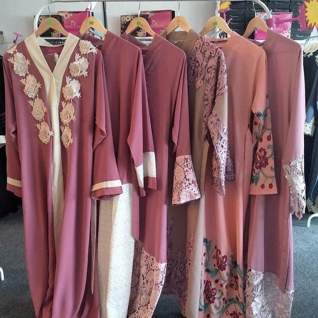fesyen jubah abaya berkualiti tinggi dengan pelbagai pilihan warna