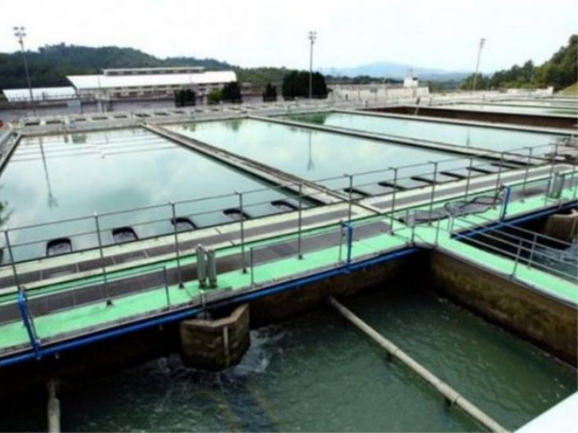 loji penapisan air mencuci air menggunakan bahan klorin