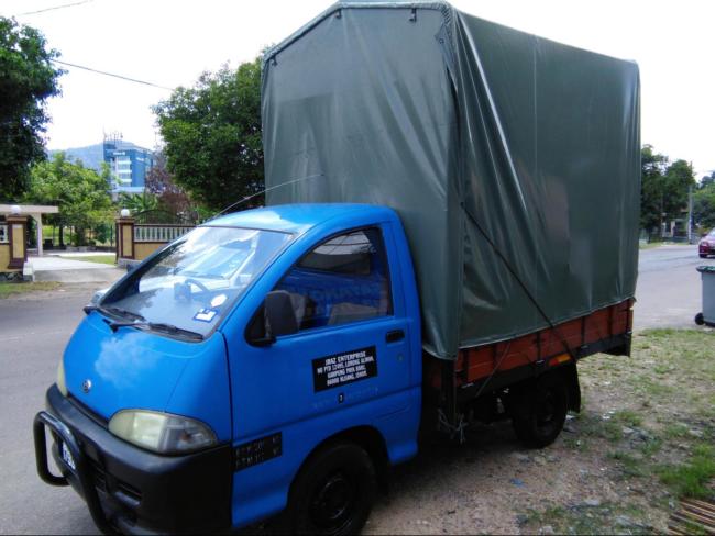 lori sewa johor penghantaran seluruh malaysia
