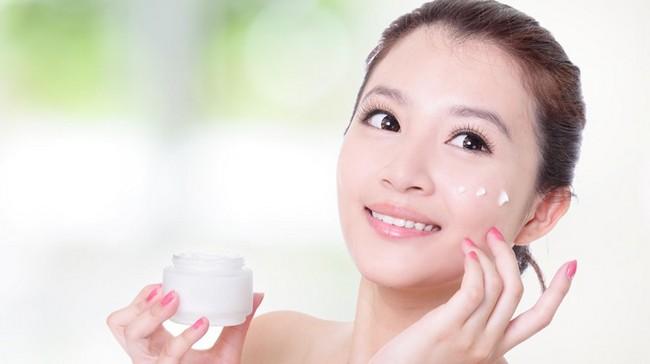 pakai pelembap muka cara mudah dapatkan kulit muka lembut seperti bayi