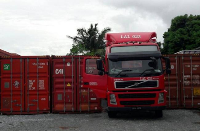 perkhidmatan lori kargo murah di malaysia