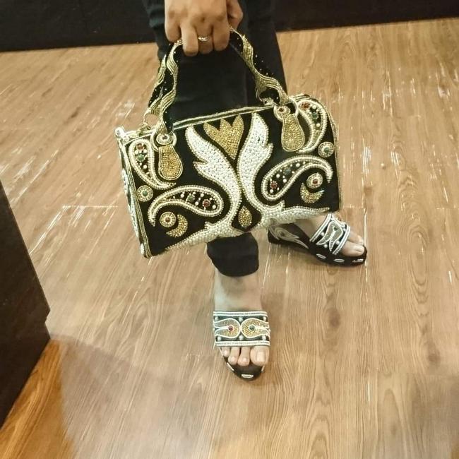 rekaan beg buatan tangan cantik dan butik Mark N Diouz