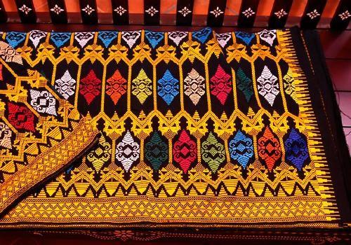 Baju Songket dan Tradisional Murah yang Ada