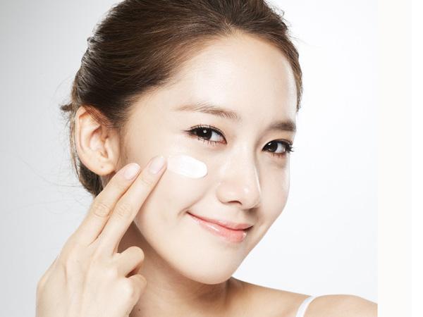 pakai moisturiser sebagai tambahan kepada toner