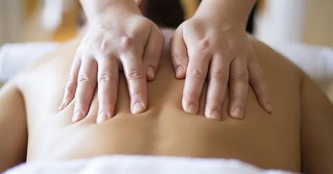 Corporate Massage in Kuala Lumpur Women