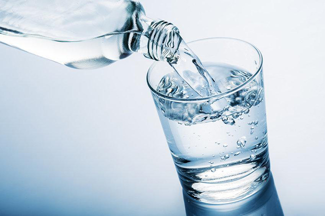 air adalah keperluan manusia dan benda hidup