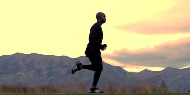 berjogging dengan perlahan adalah kaedah turunkan badan dan bentukkan otot