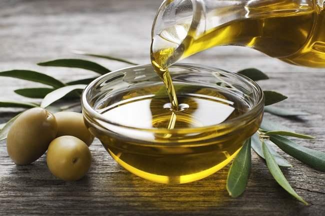 cara hilangkan kedutan dengan minyak zaitun