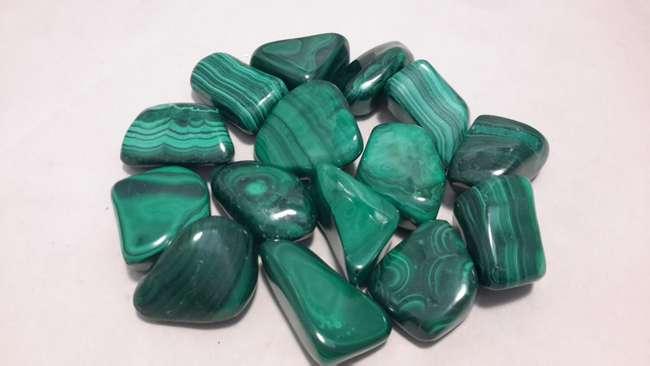 kebaikan malachite stone dalam meeracle cleanser