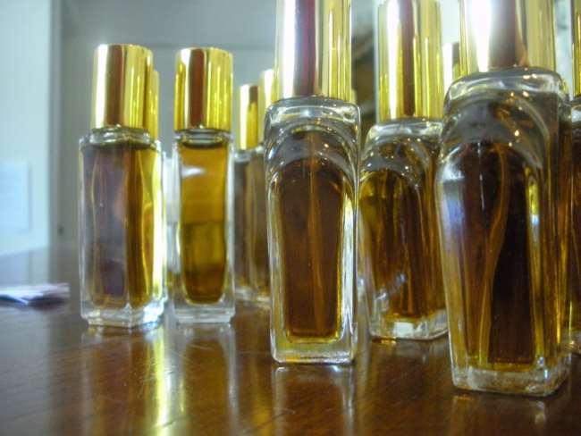 minyak wangi terbaik di pasaran