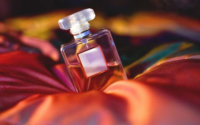 perfume punca jerawat dan jeragat naik di muka