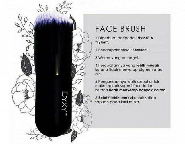 rawatan untuk kulit muka sensitif menggunakan face brush