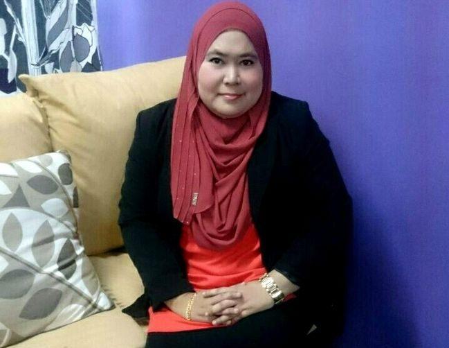 pusat terapi aura Dr Faridah untuk buang aura negatif