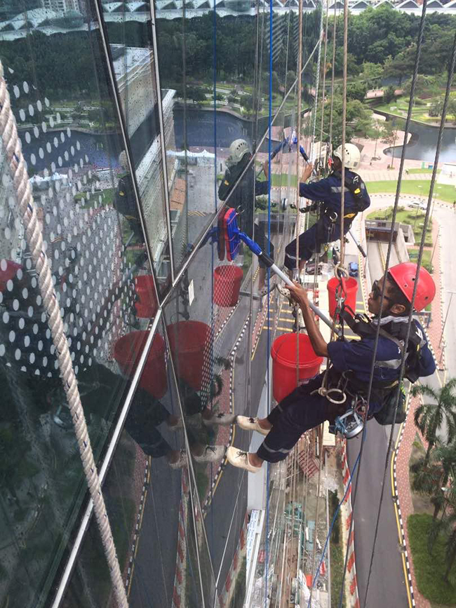 High Rise Windows and External Facade Cleaning Red Helmet