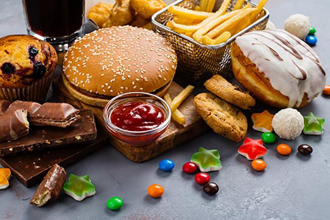 Sakit Tekak Makanan Ringan