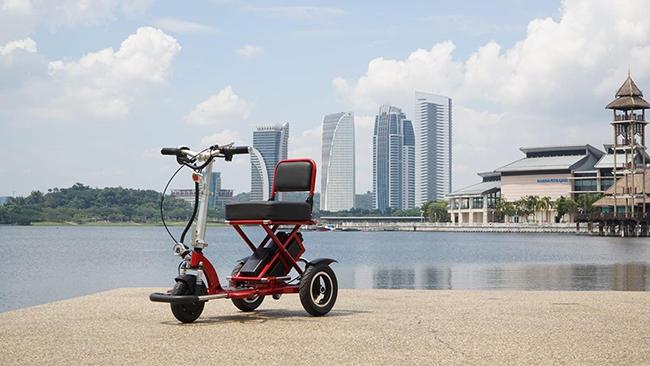 Pembekal Kerusi Roda Bermotor Cantik
