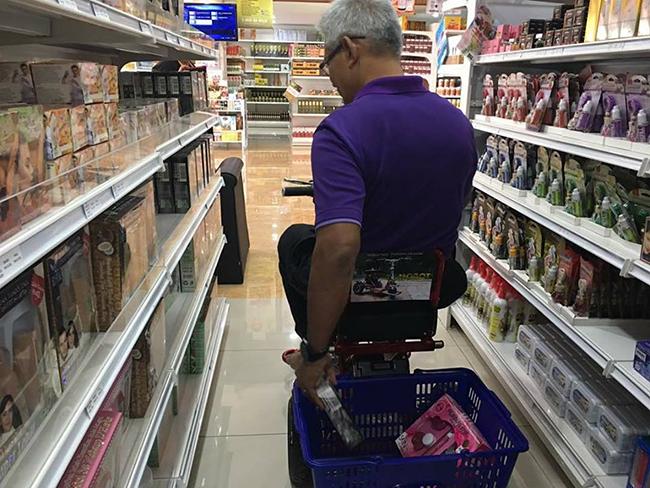 Pembekal Kerusi Roda Bermotor Shopping