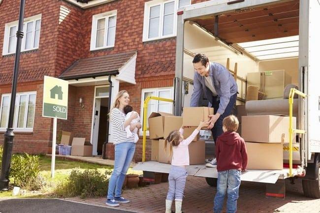 pindah barang dengan kereta sewa 4x4