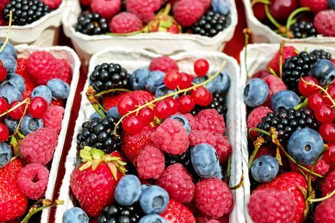 buah buahan untuk kulit putih 6