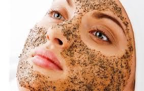 scrub tips menghilangkan kotoran dan minyak di muka