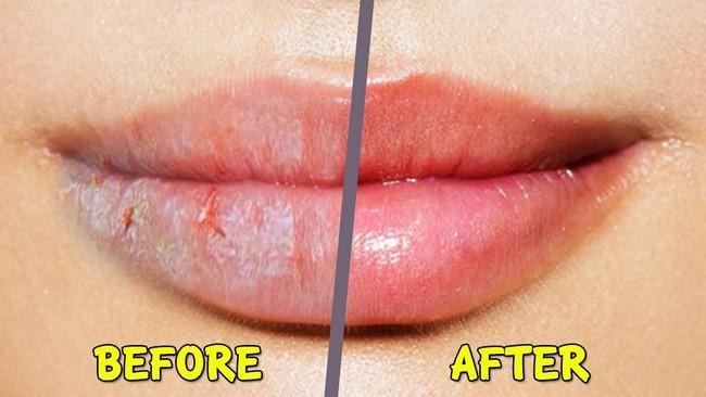 basahkan bibir dengan lip butter
