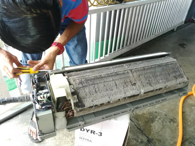 refill aircond gas