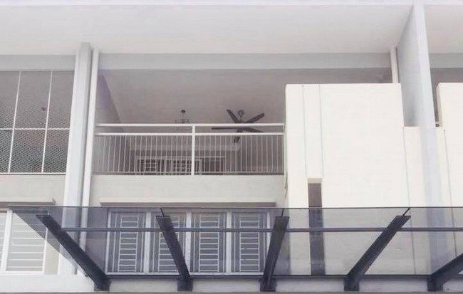 bina rumah banglo
