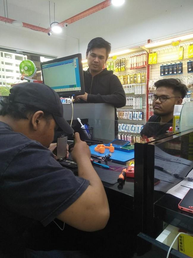 Repair Phone Paling Hebat di Shah Alam 7