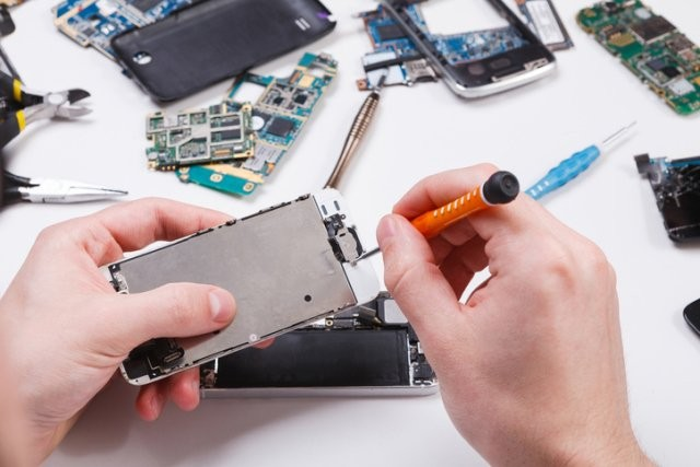 Repair Phone dengan Pantas di shah alam 2