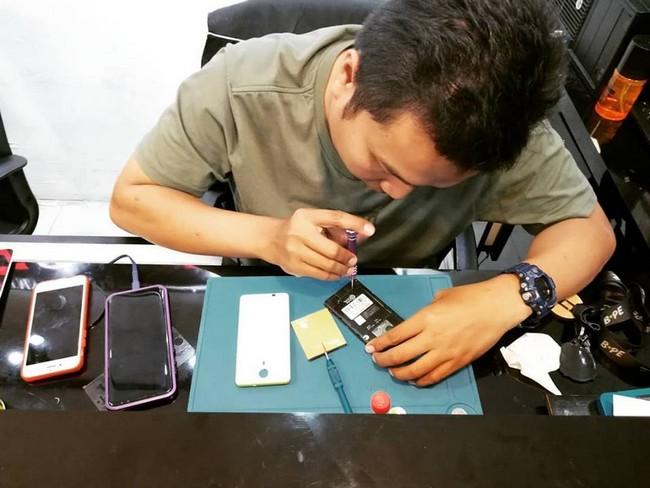 Repair Phone dengan Pantas di shah alam 6