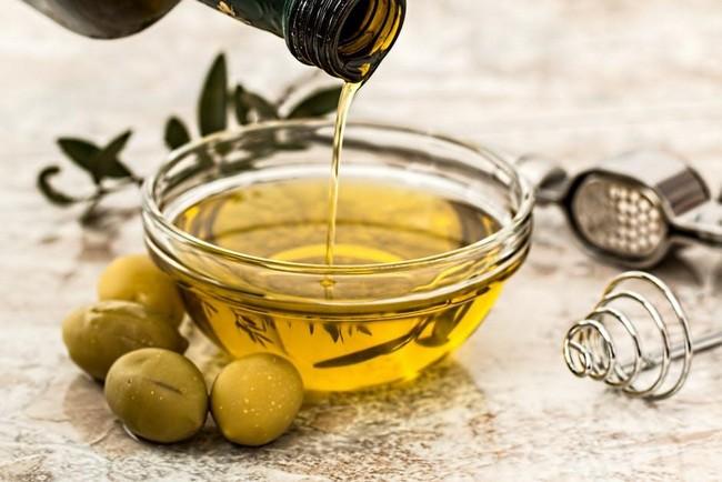khasiat minyak zaitun untuk kulit