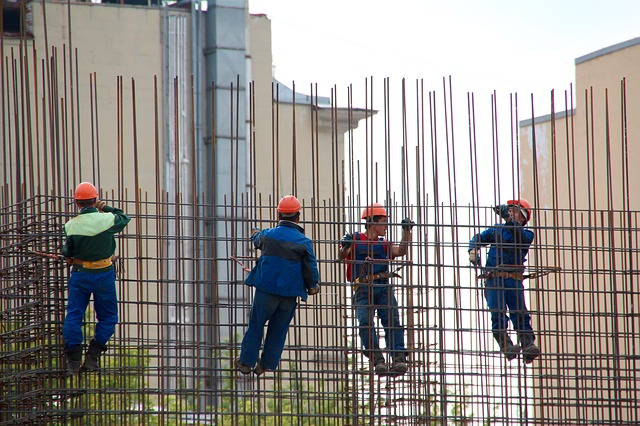 pasukan kerja construction